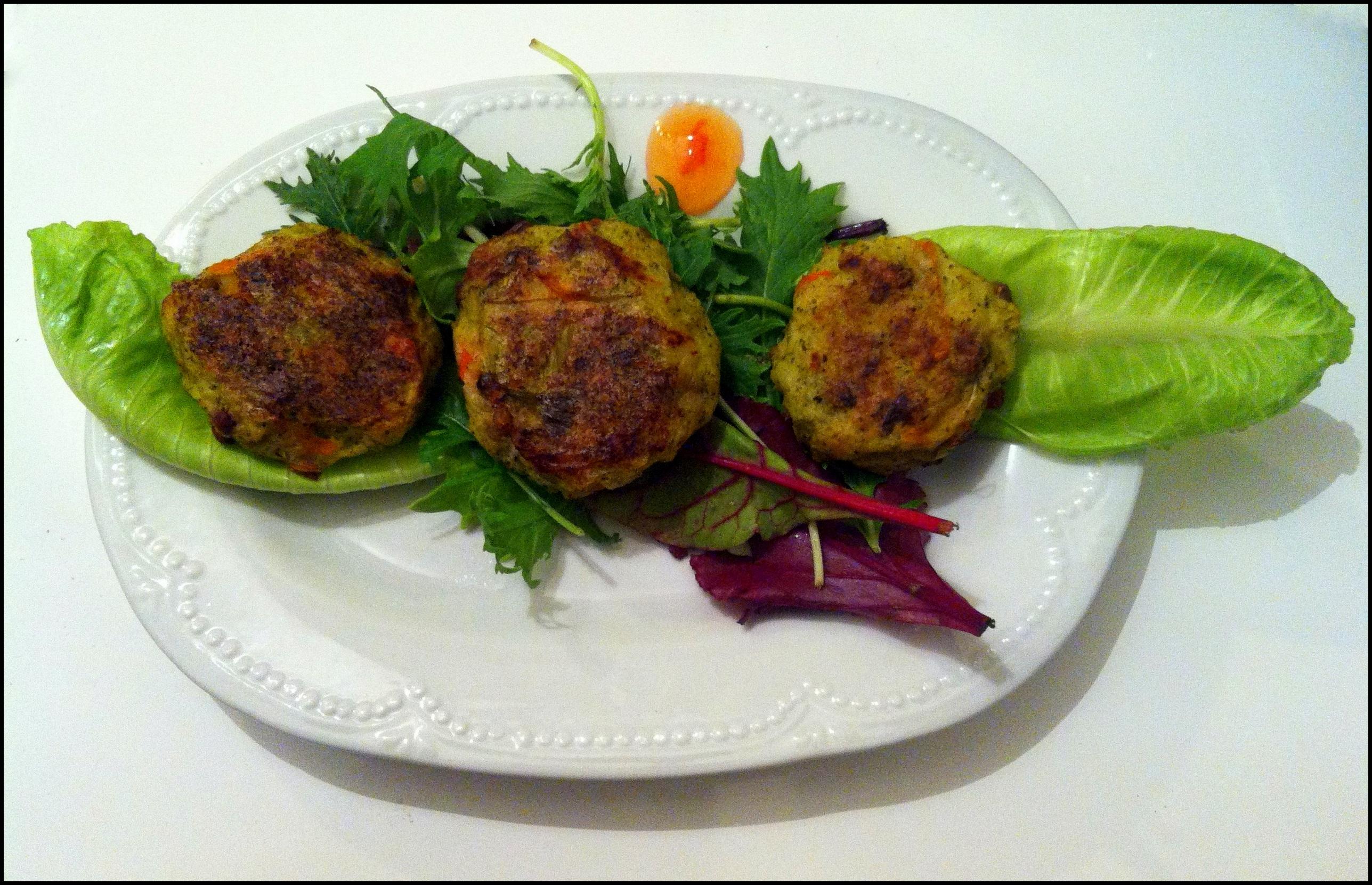 Potatoes and vegetable baked vegan patties