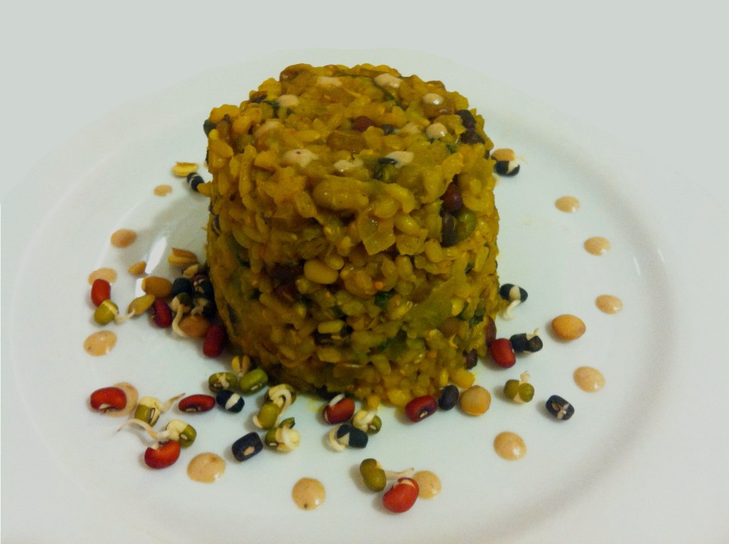Vegan brown rice with baby spinach, peas and sprouted mung& lentils recipe by Yaeli Shochat